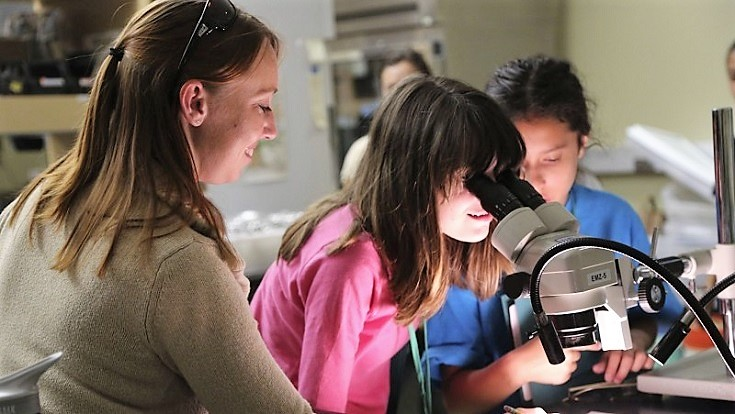 This spring, 40 middle-school girls will spend an evening at a science overnight event learning from scientists and participating in hands-on workshops at the Living Coast Discovery Center.