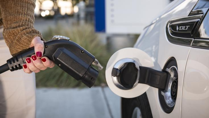 SDG&E employee powers her drive with electric.
