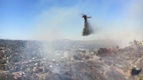Skycrane Helped Firefighters Douse Several Fires in 2016
